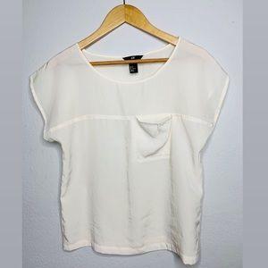 H&M Pocket T-shirt size 2